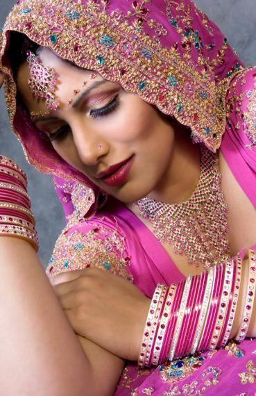 trés belle femme hindous